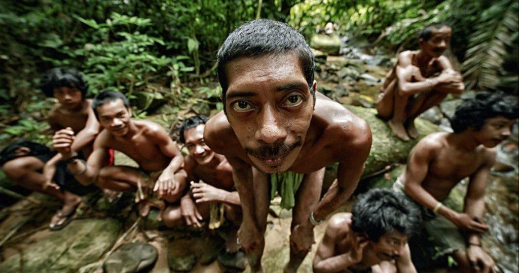 Beberapa Suku Marjinal di Indonesia 20