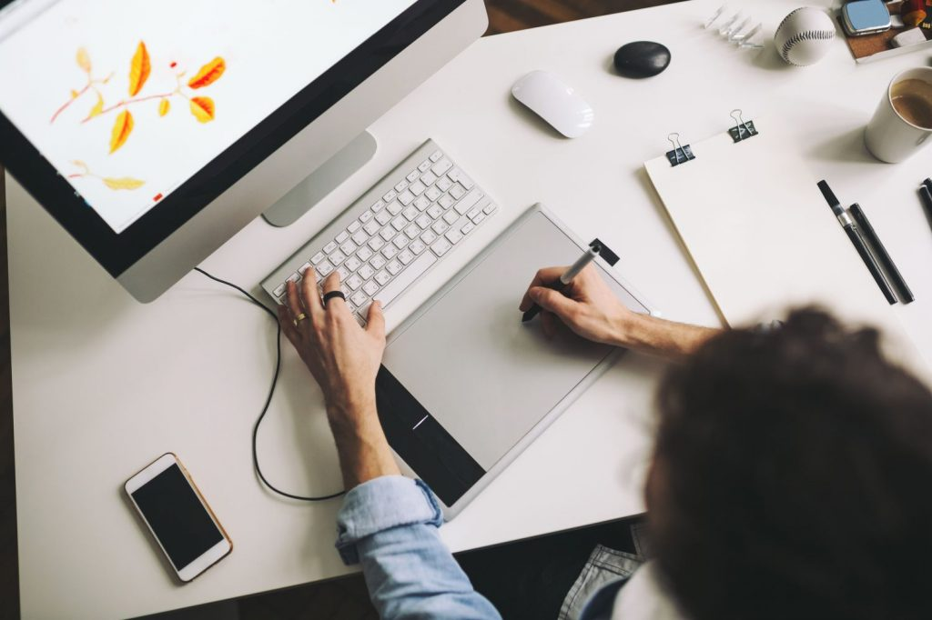 4 Pekerjaan yang Bisa Menghasilkan Uang Meskipun Hanya Dilakukan Di Rumah 5