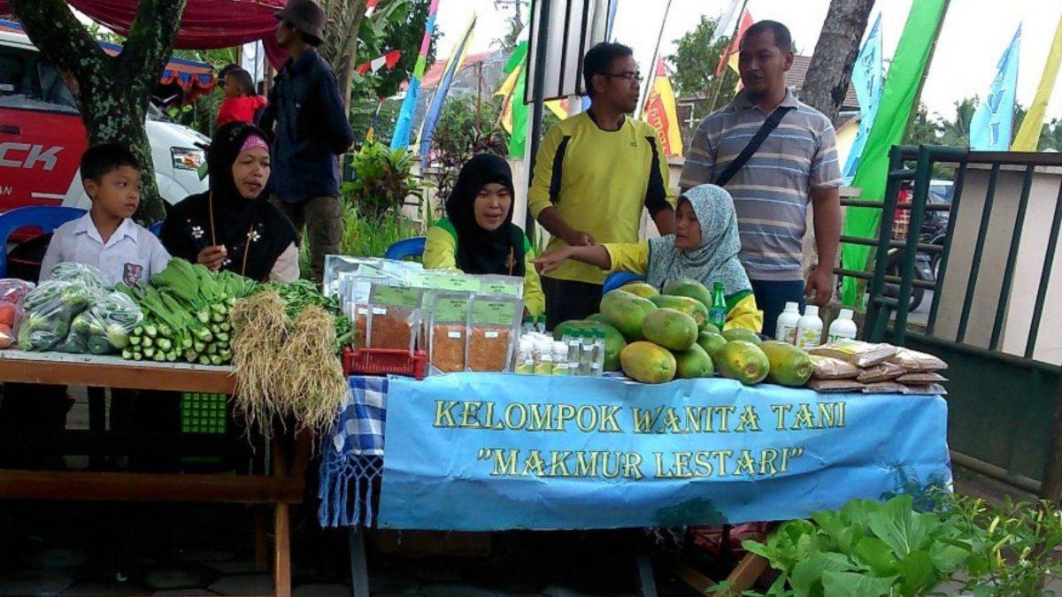 Petani Indonesia Mengadakan Bazar