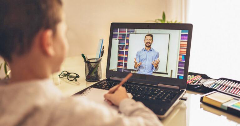 Dampak Negatif & Positif Sekolah Online 1