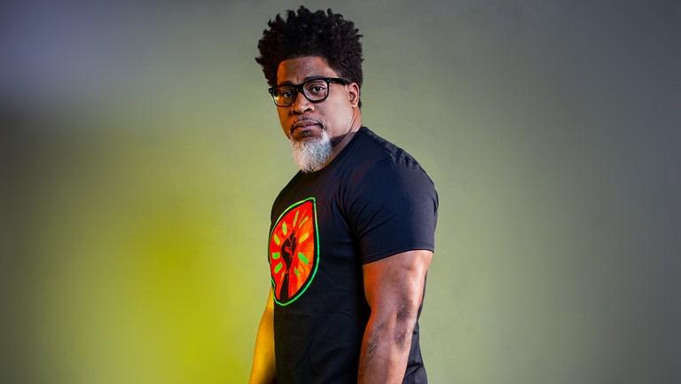 Sukses Bermusik, 8 Rapper Ini Juga Sukses Memperoleh Gelar Sarjana 7