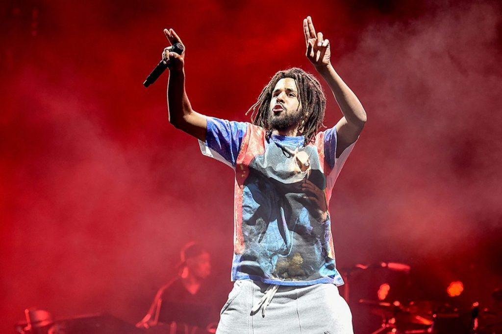 Sukses Bermusik, 8 Rapper Ini Juga Sukses Memperoleh Gelar Sarjana 3