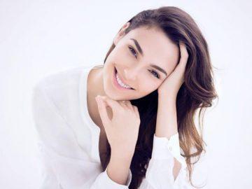 "5 Aktris Cantik Hollywood yang Dijuluki ""Wanita Terseksi Sedunia"" 9"