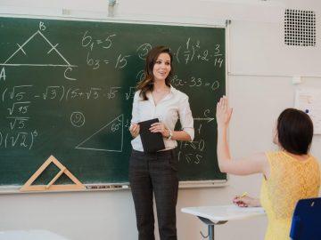 Peran Guru dalam Belajar 10