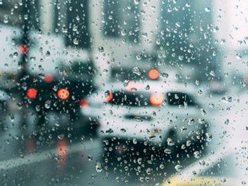 Hujan Tidak Pernah Mengeluh 16