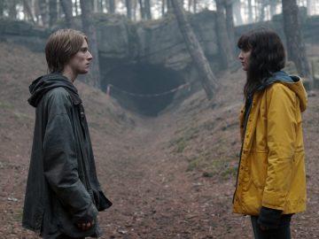 4 Alasan Kenapa Kamu Harus Menonton Dark, Seri Perjalanan Waktu Terbaik Netflix! 6