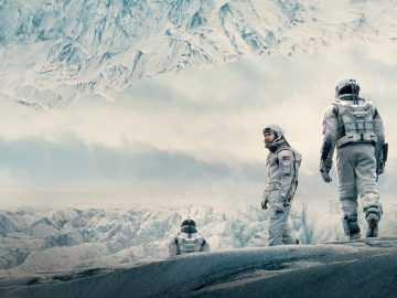 5 Rekomendasi Film Terbaik Karya Christopher Nolan, Penuh Plot Twist! 12