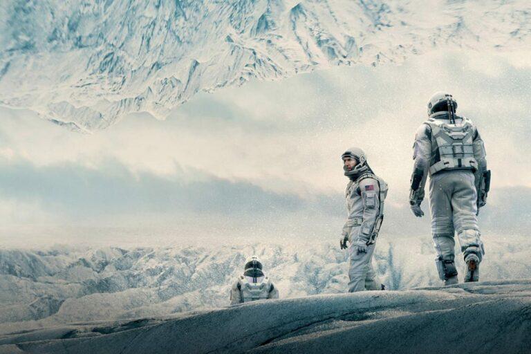 5 Rekomendasi Film Terbaik Karya Christopher Nolan, Penuh Plot Twist! 1