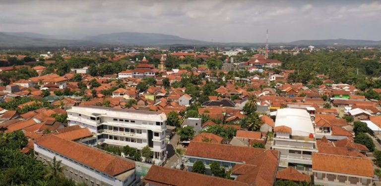 Detektif Wisata: Menyelidik Kebumen, Kabupaten dengan Pantai Bocor 1