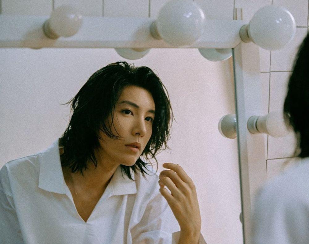 Oppa Selebritis Korea Yang Menawan Dengan Rambut Gojesnya 5