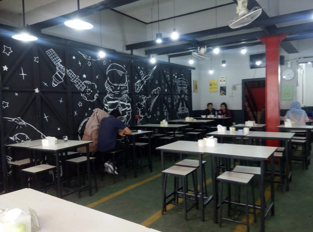 Makan Ramen Murah di Ramen Bajuri Bandung 3