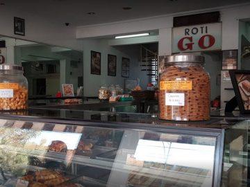 Detektif Wisata: Ternyata Ada 12 Toko Roti Yang Seumur Indonesia 5