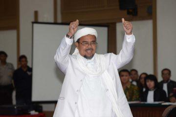 Massa Menuntut Habib Rizieq Dibebaskan, Apa Boleh? 21