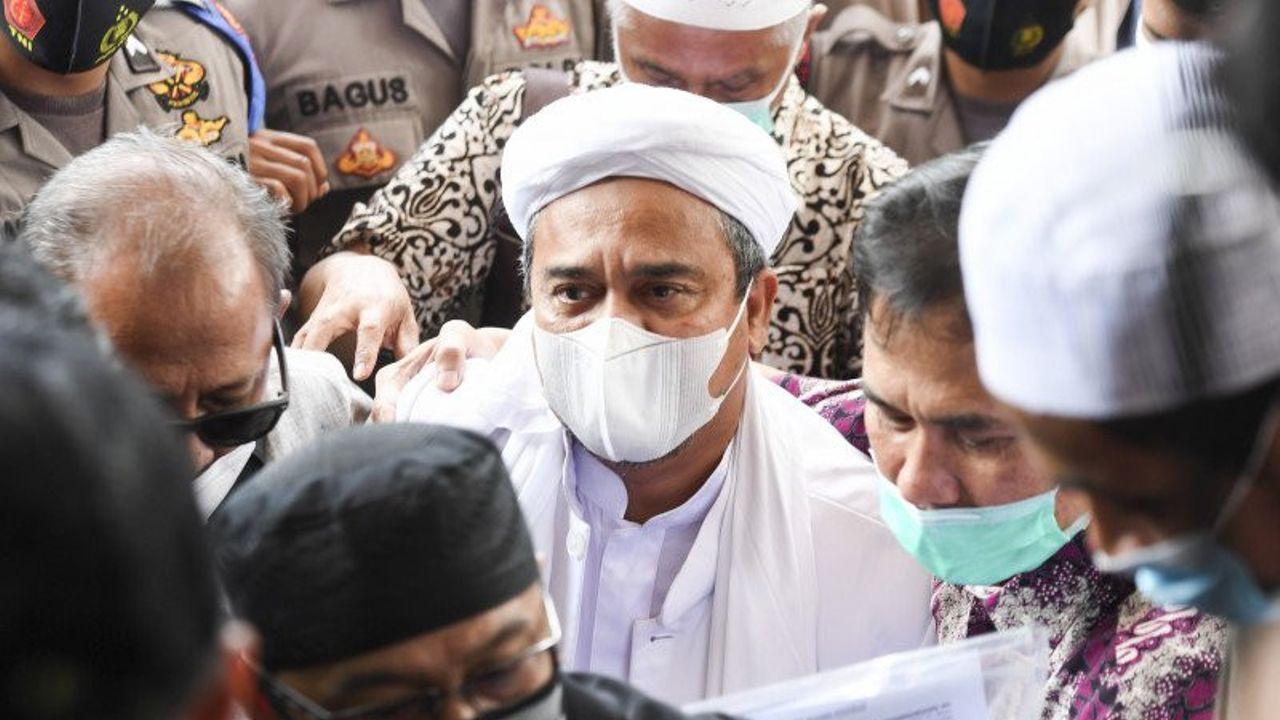 Massa Menuntut Habib Rizieq Dibebaskan, Apa Boleh? 3