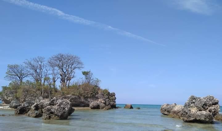 Pantai Candin Pulaun Mandangin