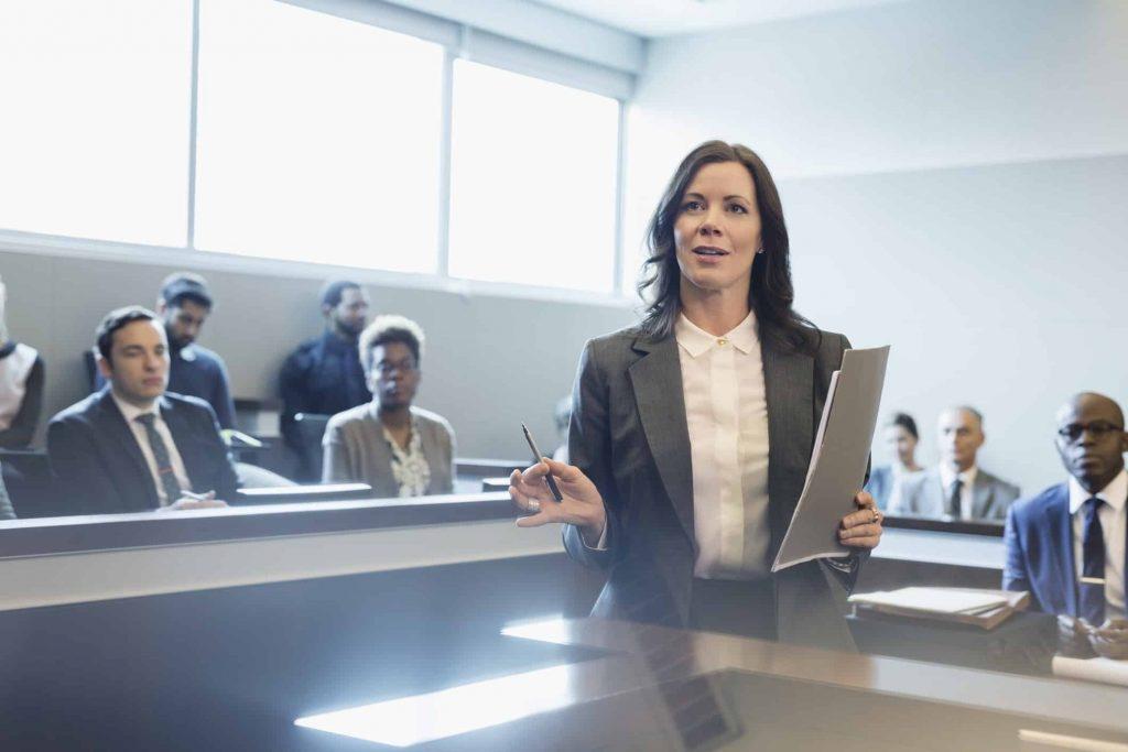Tips mencari Pengacara yang Profesional 5