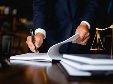 Pemohon Peninjauan Kembali (PK) Yang Ditahan Tidak Wajib Hadir Dalam Sidang Peninjauan Kembali (PK) 16