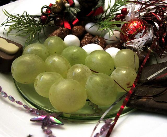 Spanyol dan 12 Anggur Tahun Baru