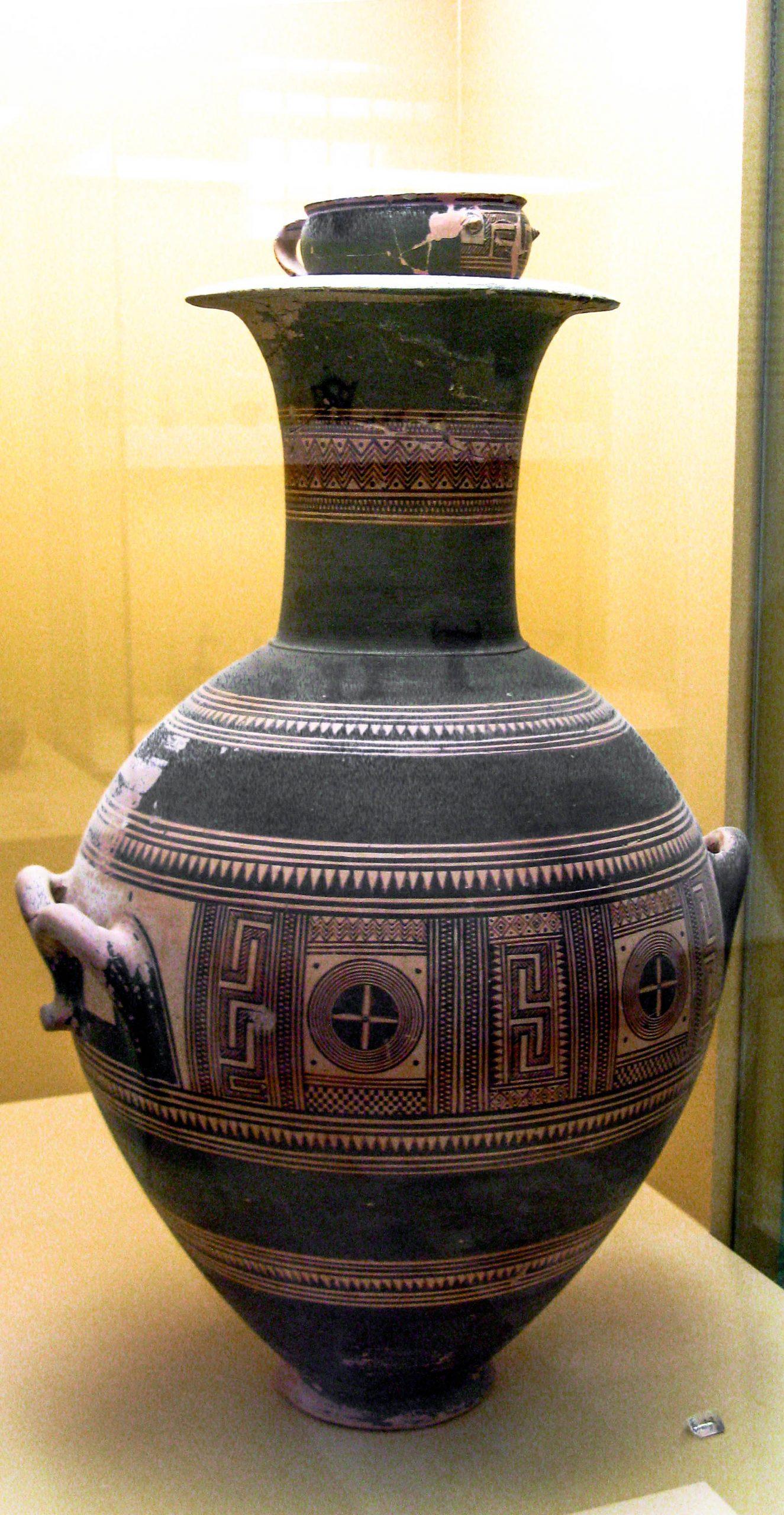 Urn (Guci) di era Yunani Kuno