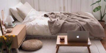 8 Rekomendasi Barang Dekorasi Untuk Hias Kamar Tidur Kamu ala Pinterest. Minimalis dan Estetik Banget! 18