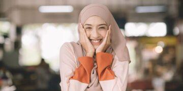 Pentingnya Menggunakan Kosmetik yang Bersertifikasi Halal 19