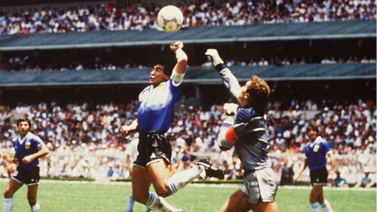 "Maradona : Semalam Bersama ""Narcos"" Pablo Escobar 1"