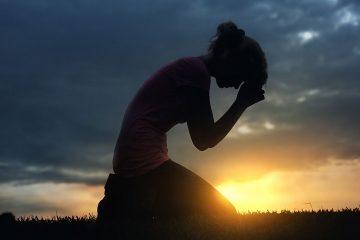 Bagaimana Jika Orang Yang Kau Sakiti Mengadu Langsung Pada  Penciptanya? 15