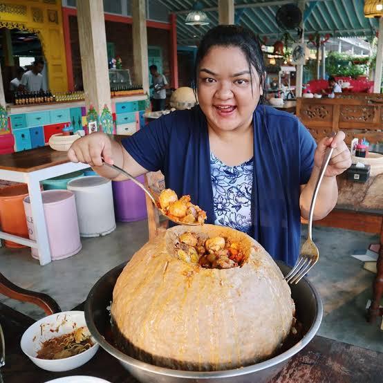 Rekomendasi 5 Youtube Channel Food Vlogger Indonesia 7