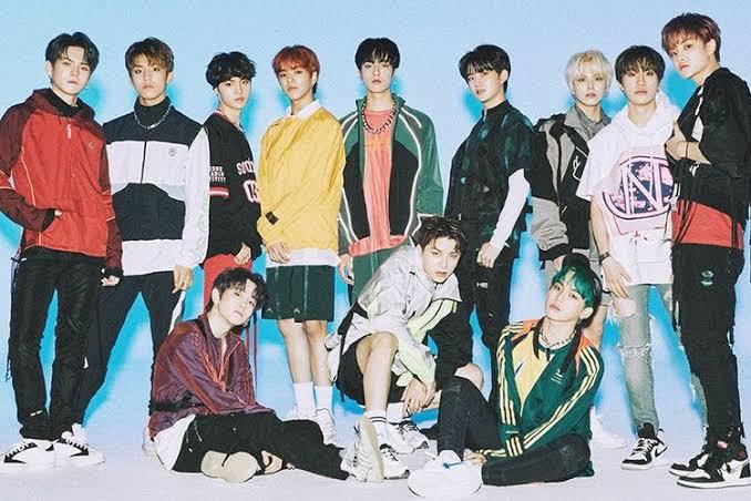 8 Grup K-pop ini disebut sebagai Rookie Monster 2020 10