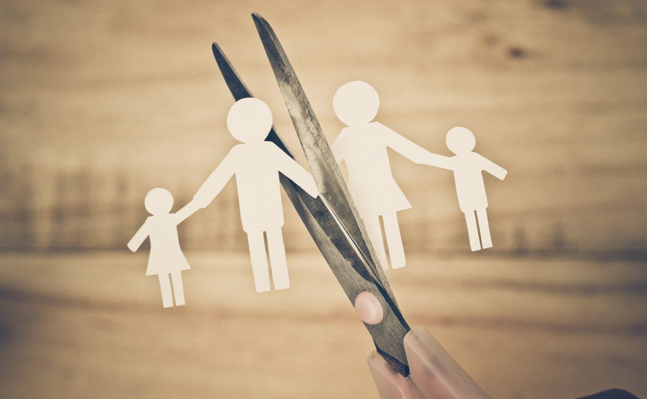 Dasar Hukum Terjadinya Perceraian 3