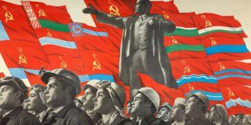 Sejarah dan keterkaitan Sosialisme / Demokrasi 22