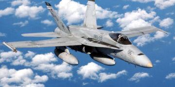 6 Jet Tempur Terkenal di Dunia 9