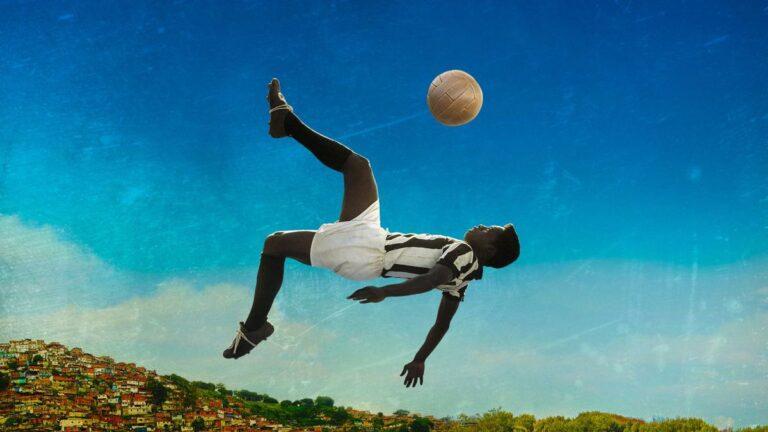 6 Film Yang Mengkisahkan Pemain Bola 1