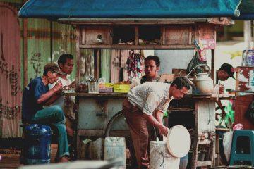 Mengapa angkringan familiar di Kabupaten Bekasi 12