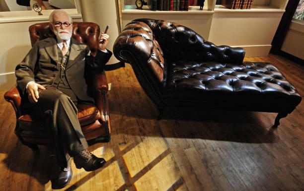 Sigmund Freud dan Teori Psikoanalisis 1
