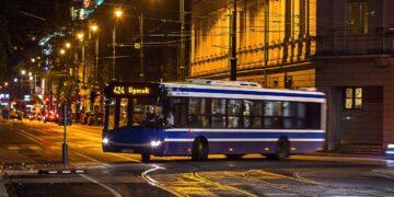 Stigma Buruk Bus Malam 19