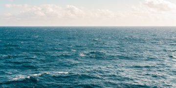 Laut Itu Rumah Kami 18