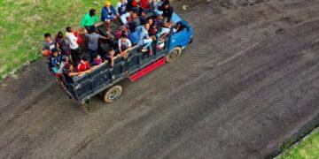 Alasan Untuk Tidak Membawa Rombongan Pakai Mobil Barang 11
