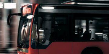 Apa Jadinya jika Kendaraan Besar Menggunakan Mesin Bensin? 20
