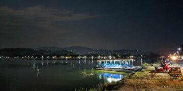 Wisata Perahu Rowo Jombor Klaten, Menikmati Pemandangan Menakjubkan di atas Perahu 14