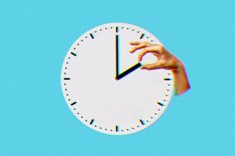 Waktu Tak Akan Pernah Menunggu 1
