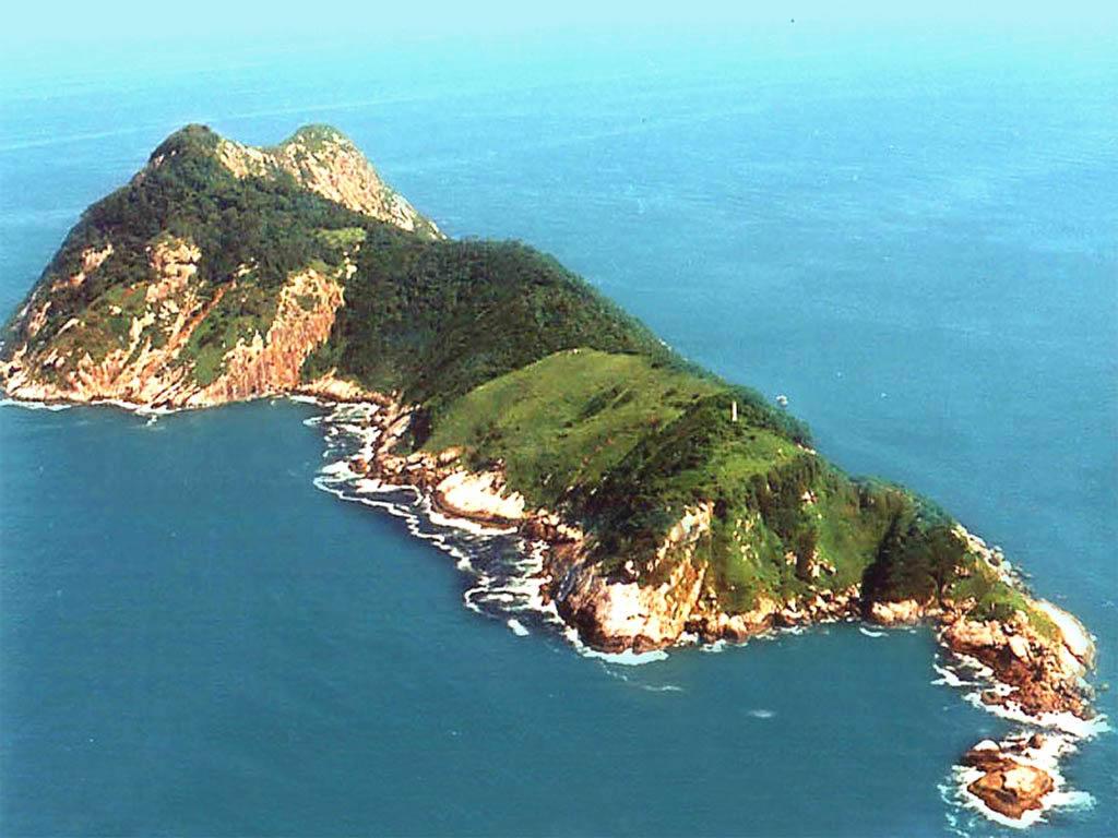 Pulau Queimada Grande