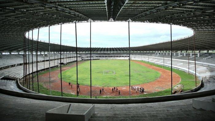 Lintasan atletis stadion barombong