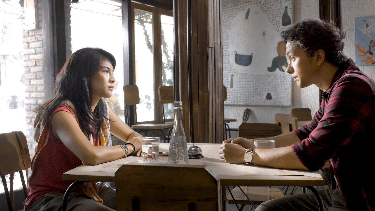 """Review """"Ada apa dengan cinta 1-2"""" Film Romantis Indonesia 4"""