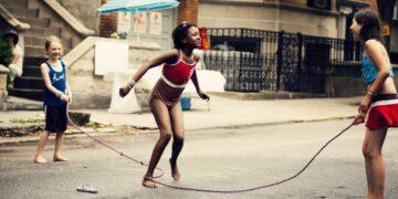 Manfaat Lompat Tali Bagi Anak-anak 18