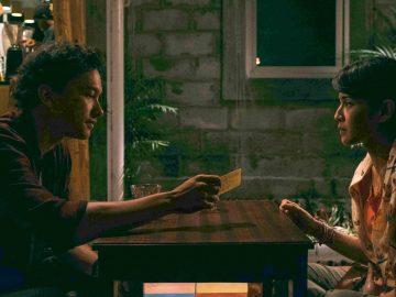 """Review """"Ada apa dengan cinta 1-2"""" Film Romantis Indonesia 8"""