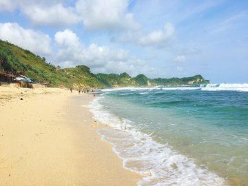Pesona Pantai Nampu Wonogiri, Ada Patok Batas Jateng dan Jatim 3