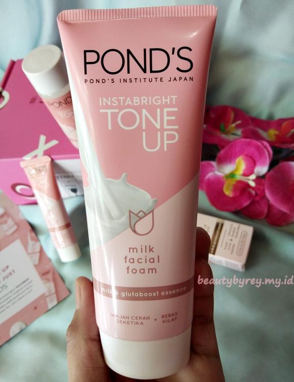 Pond's Instabright Toen Up Milk Cream
