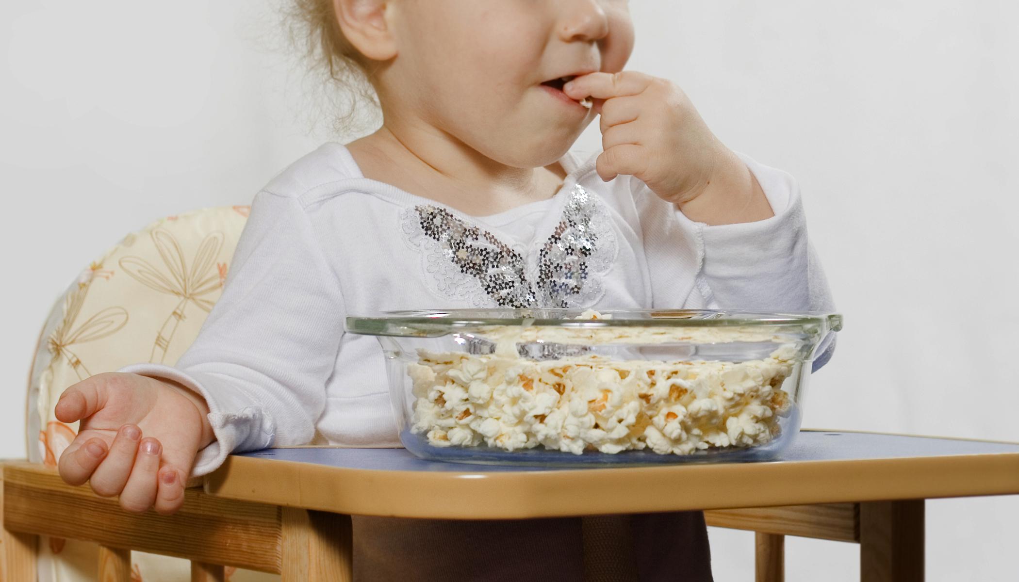 Mengapa Anak Usia Dibawah 4 Tahun Sebaiknya Tidak Makan Popcorn? 3