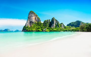 Destinasi Pantai Papuma Pasir Putih Yang Indah di Jember 28